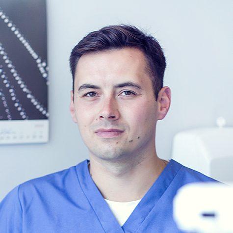 Dentysta Przemysław Miłkowski